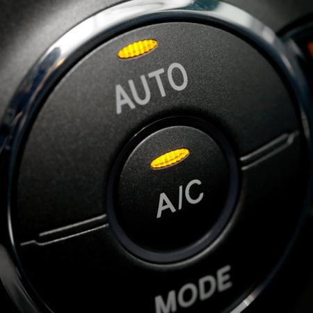 Automašīnu kondicionieru uzpilde