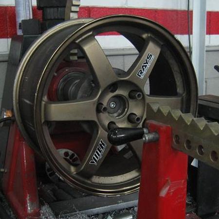 Lieto/alumīniju disku remonts/valcēšana