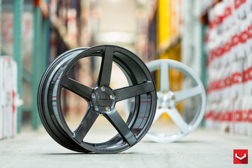 Jauni Vossen lietie vieglmetāla auto diski