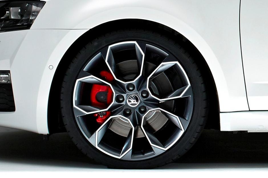 Škodas lietie vieglmetāla auto diski