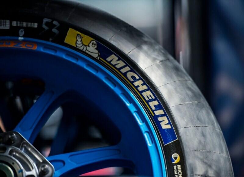 Jaunas Michelin riepas motocikliem