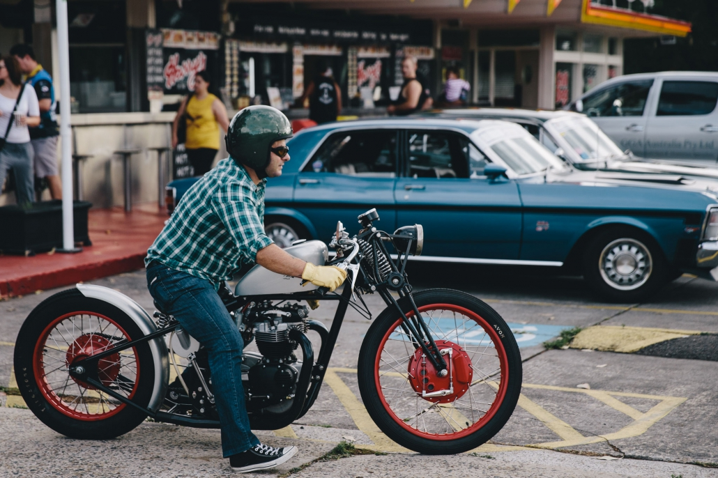 Jaunas riepas motocikliem
